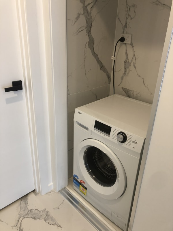 $300-330, Share-house, 2 rooms, Francis Street, Melbourne VIC 3000, Francis Street, Melbourne VIC 3000