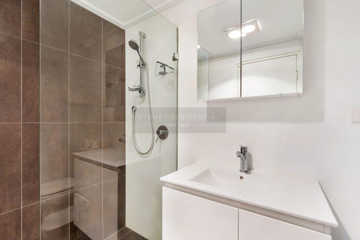 $370, Flatshare, 2 bathrooms, Liverpool Street, Sydney NSW 2000
