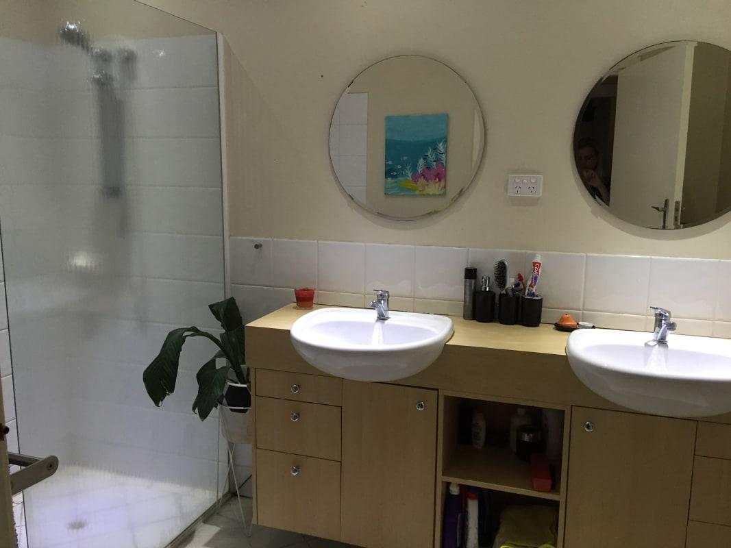 $180, Share-house, 3 bathrooms, Beckenham Street, Beckenham WA 6107