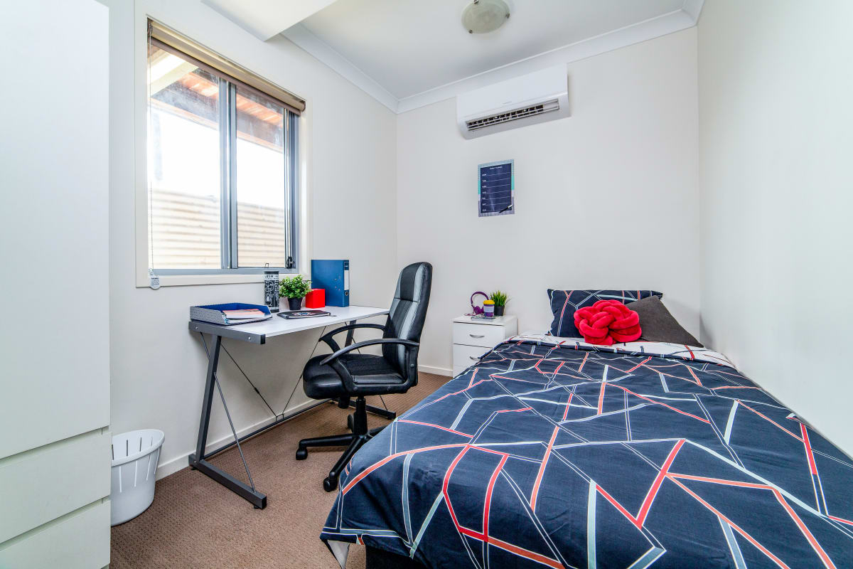 $180, Student-accommodation, 6 bathrooms, Herston Road, Kelvin Grove QLD 4059