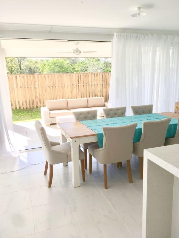 $200, Share-house, 5 bathrooms, Cyan Street, Helensvale QLD 4212