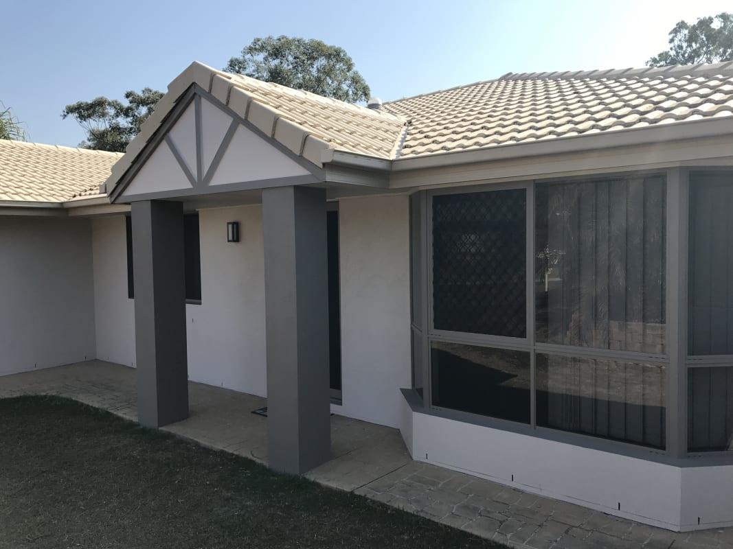 $180, Homestay, 5 bathrooms, Meadowwood Court, Springfield QLD 4300