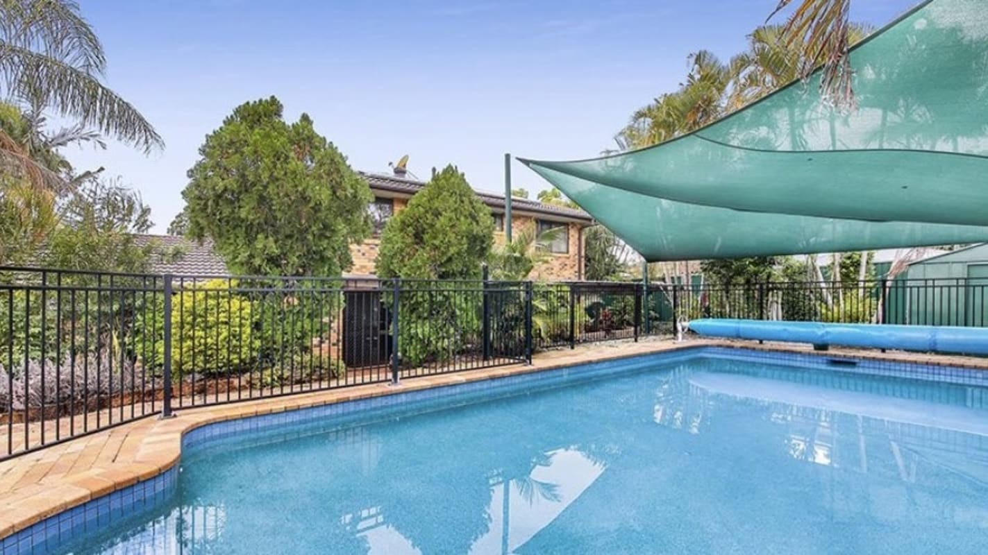$220, Homestay, 2 rooms, Hillview Parade, Ashmore QLD 4214, Hillview Parade, Ashmore QLD 4214