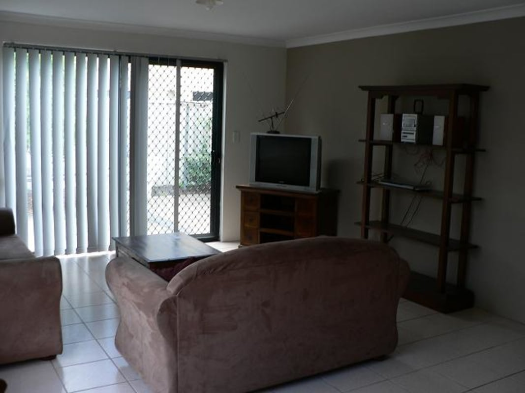 $155, Share-house, 4 bathrooms, Hopkinson Way, Wilson WA 6107