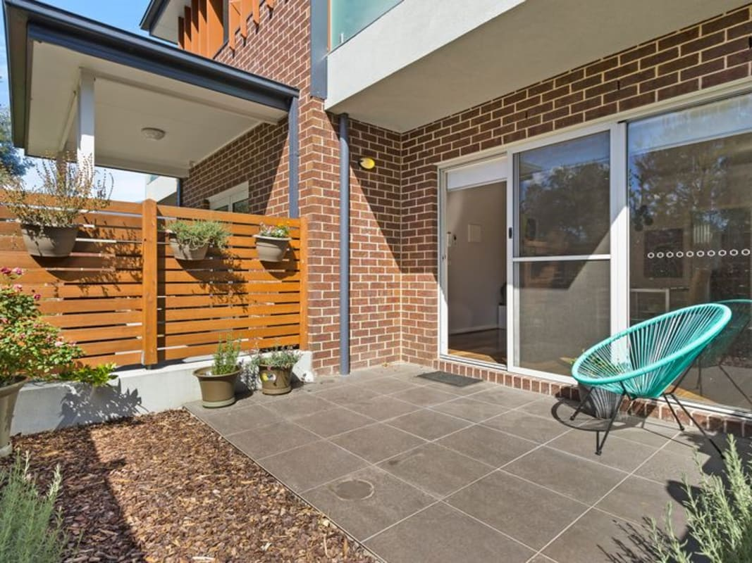 Whole Property For Rent In Clyde Street Lilydale M