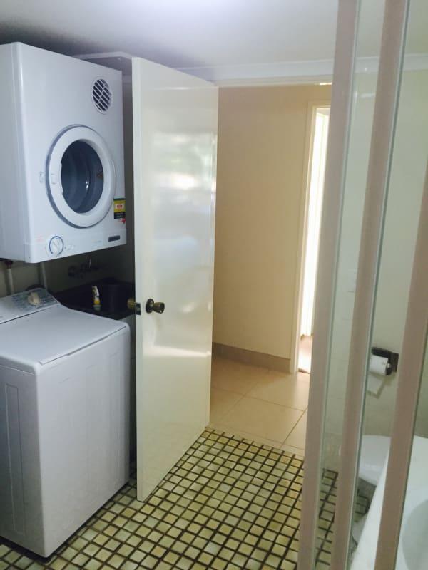 $140, Flatshare, 2 bathrooms, Second Avenue, Broadbeach QLD 4218