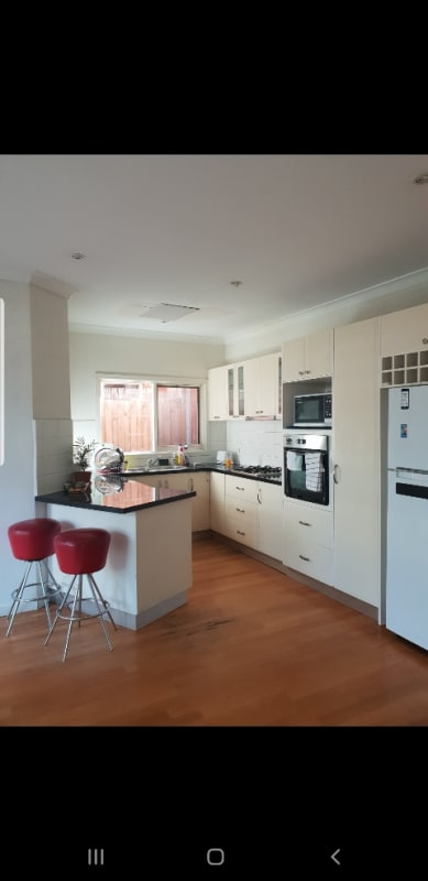 $180, Share-house, 3 bathrooms, Mount Alexander Road, Flemington VIC 3031