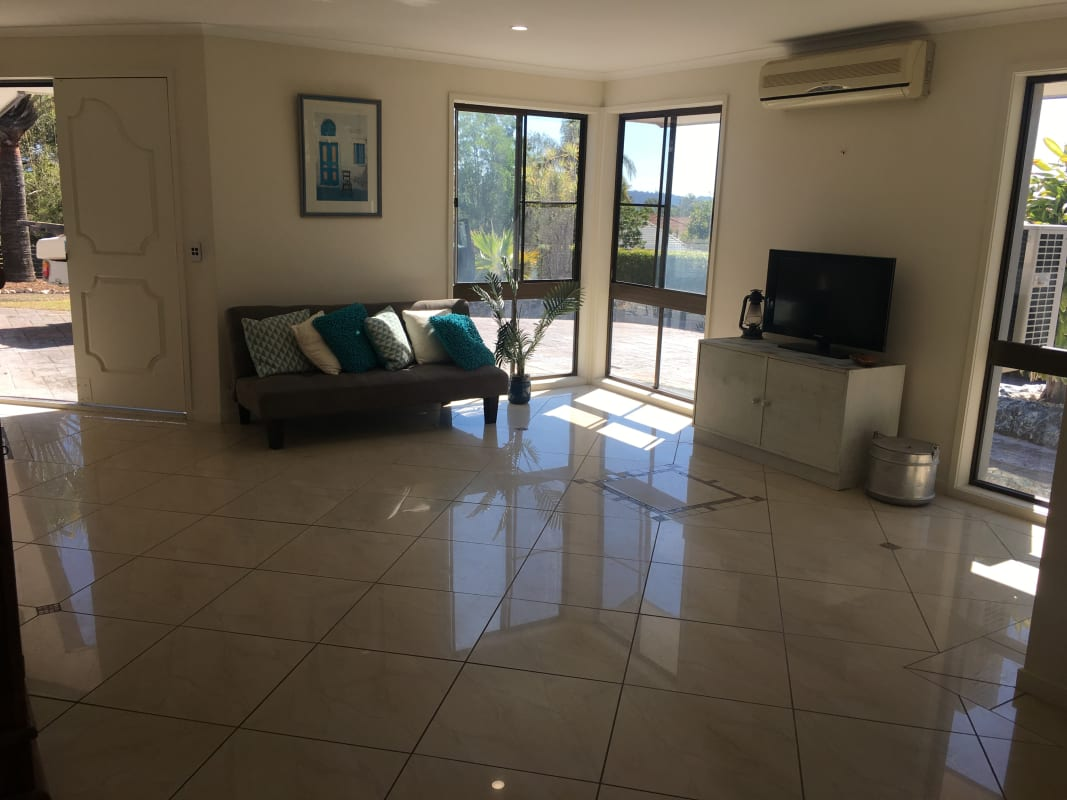 $190, Share-house, 5 bathrooms, Kincaid Drive, Highland Park QLD 4211
