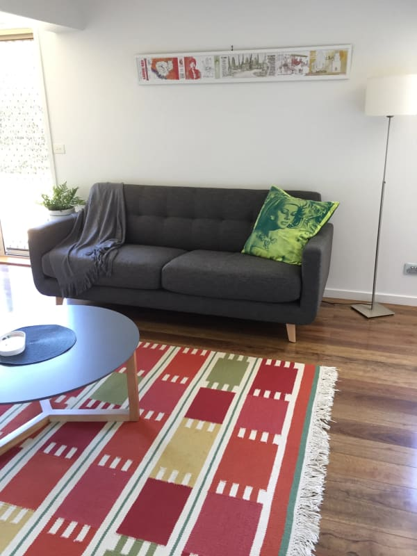 $300, Homestay, 1 bathroom, Casuarina Drive, Frankston South VIC 3199
