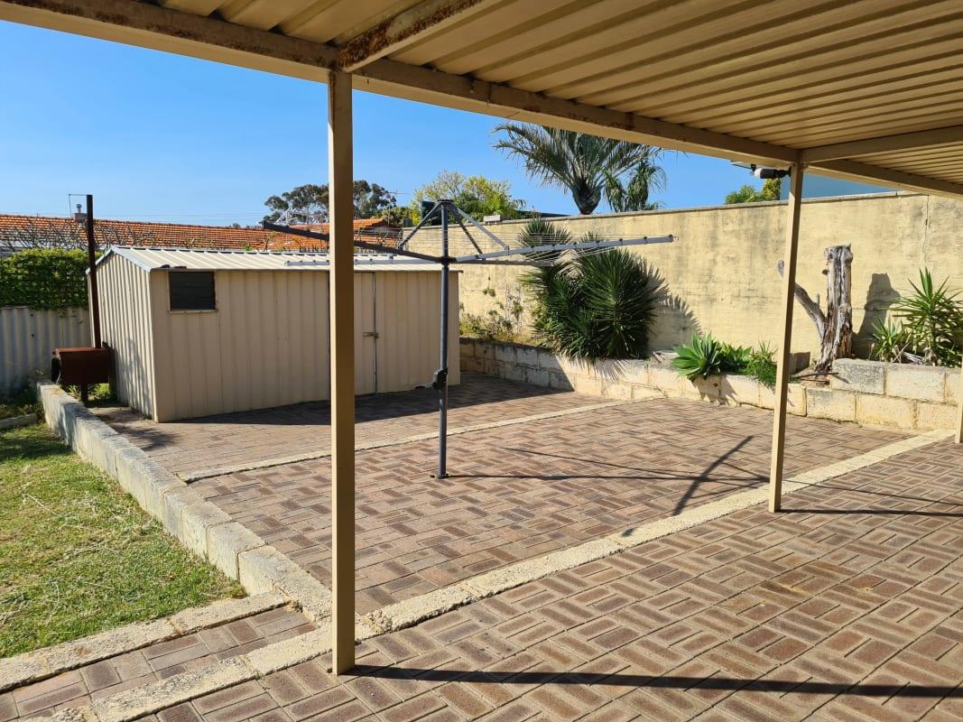 $125, Share-house, 2 rooms, Oleander Way, Kallaroo WA 6025, Oleander Way, Kallaroo WA 6025