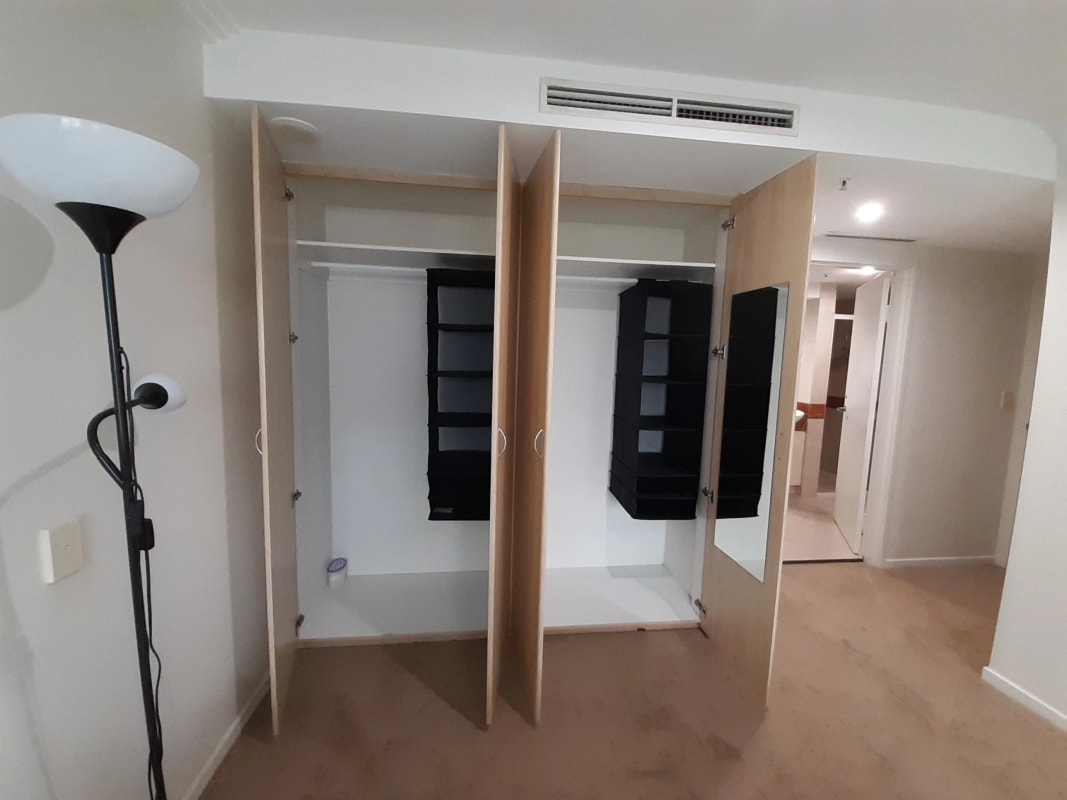 $500, Share-house, 2 bathrooms, Harbour Street, Sydney NSW 2000