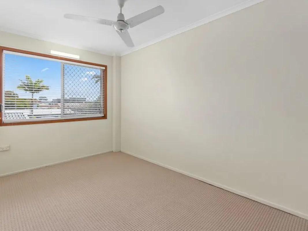 $200, Flatshare, 2 bathrooms, Bruce Avenue, Paradise Point QLD 4216