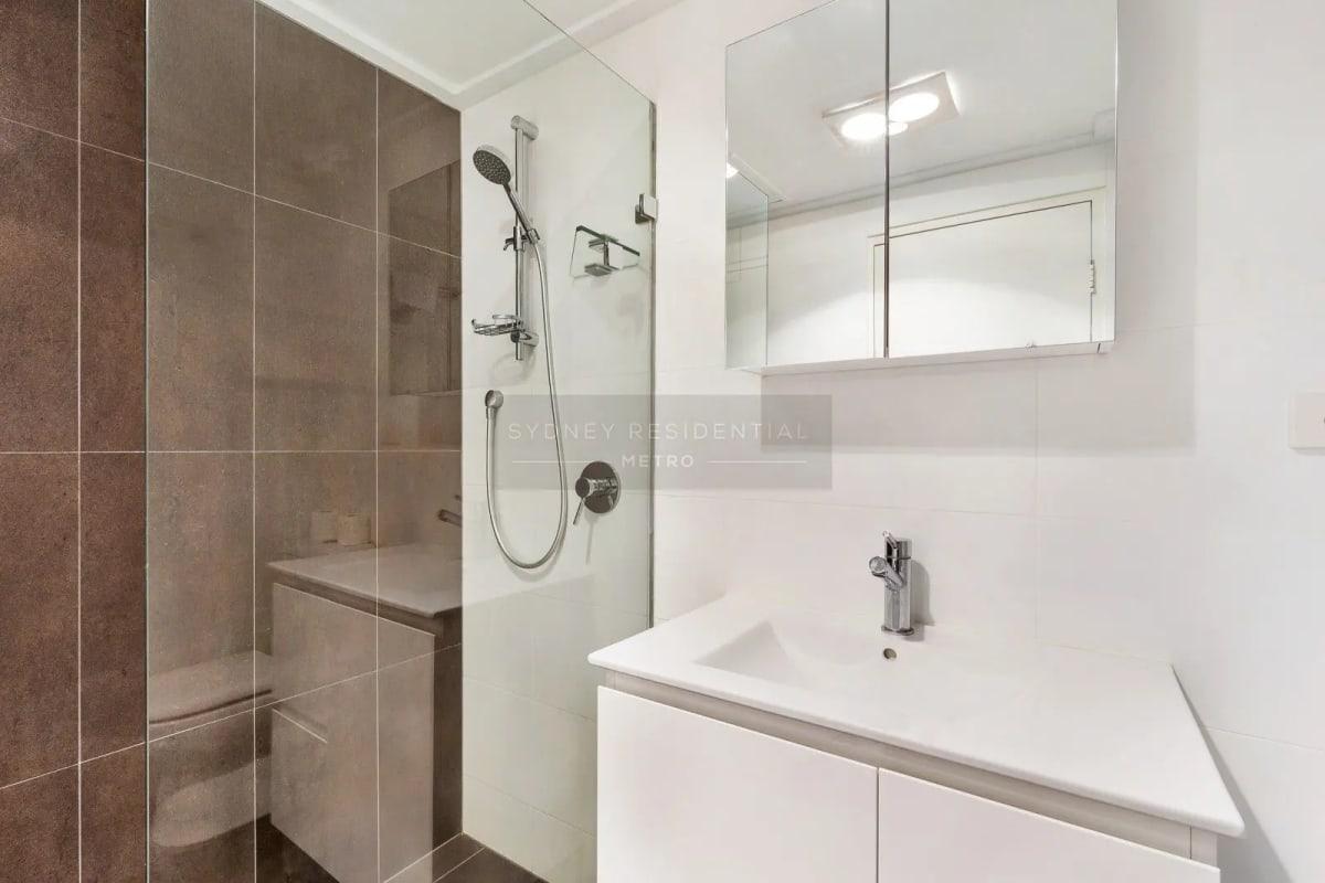 $190, Flatshare, 2 bathrooms, Liverpool Street, Sydney NSW 2000