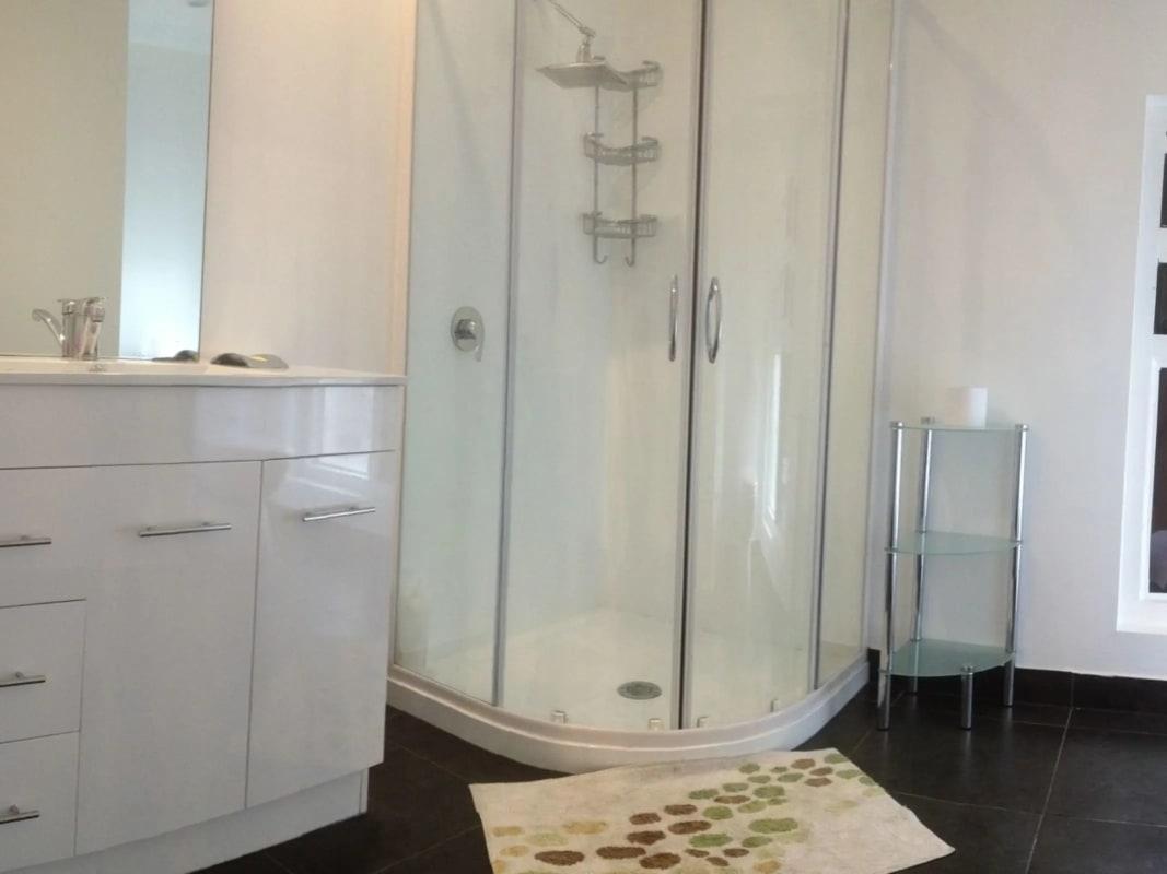 $320, Studio, 1 bathroom, New Town Road, New Town TAS 7008