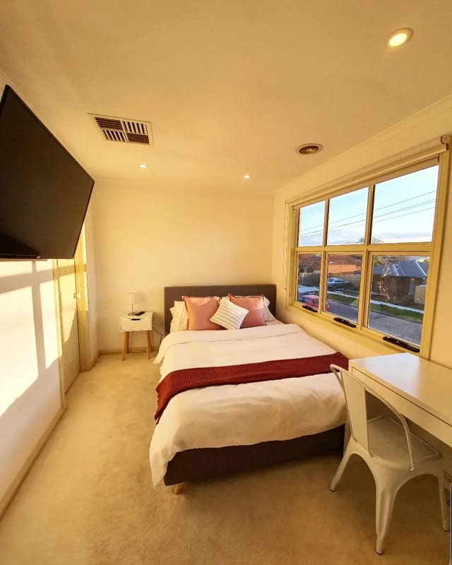$240, Share-house, 6 bathrooms, Whittaker Street, Maidstone VIC 3012