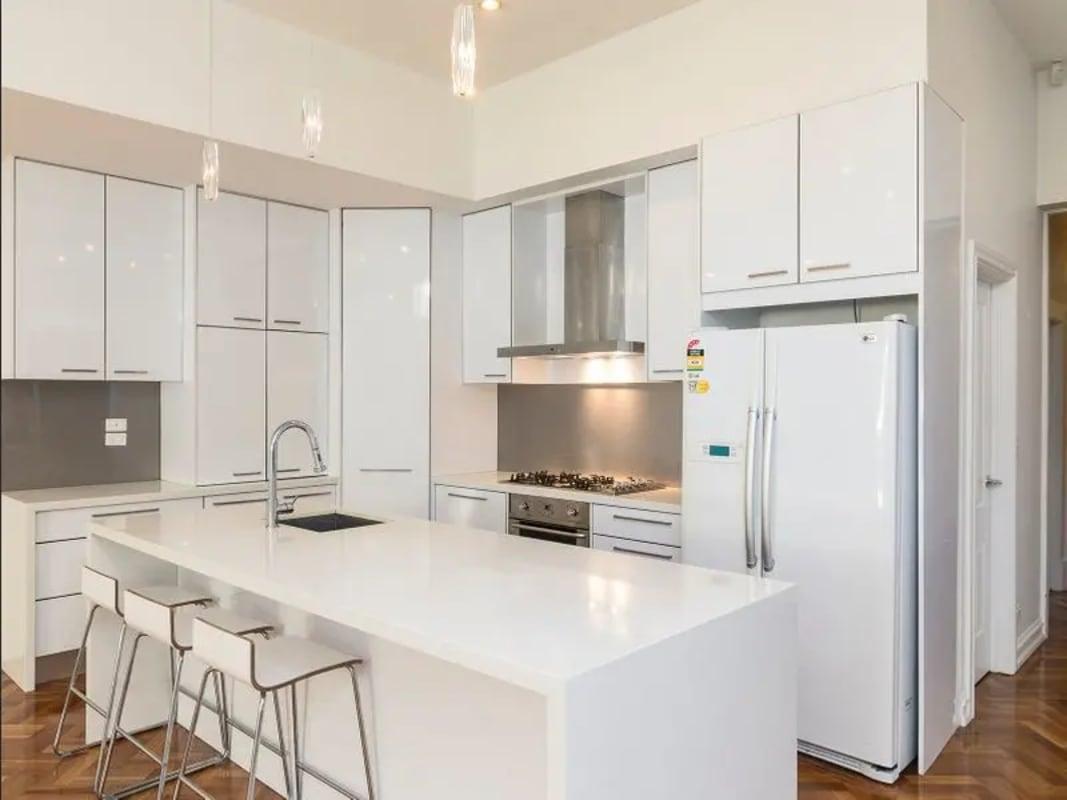 $300, Share-house, 4 bathrooms, Pilley Street, St Kilda East VIC 3183