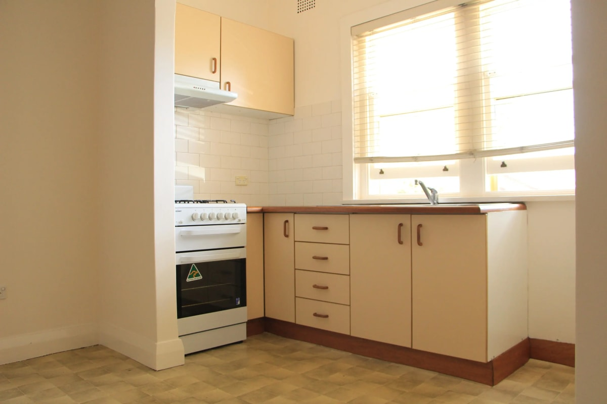 $300, Studio, 1 bathroom, Canterbury Road, Canterbury NSW 2193