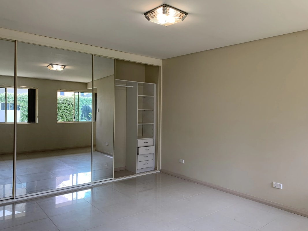 $400, Granny-flat, 1 bathroom, Burlington Street, Monterey NSW 2217