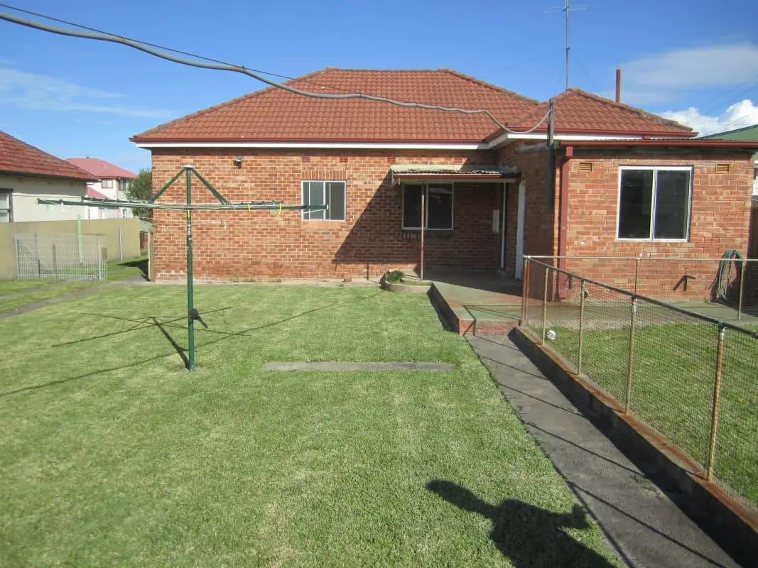 $600, Whole-property, 4 bathrooms, Murranar Road, Towradgi NSW 2518
