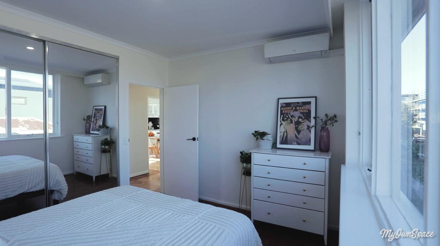$235, Flatshare, 2 bathrooms, Chapel Street, St Kilda VIC 3182