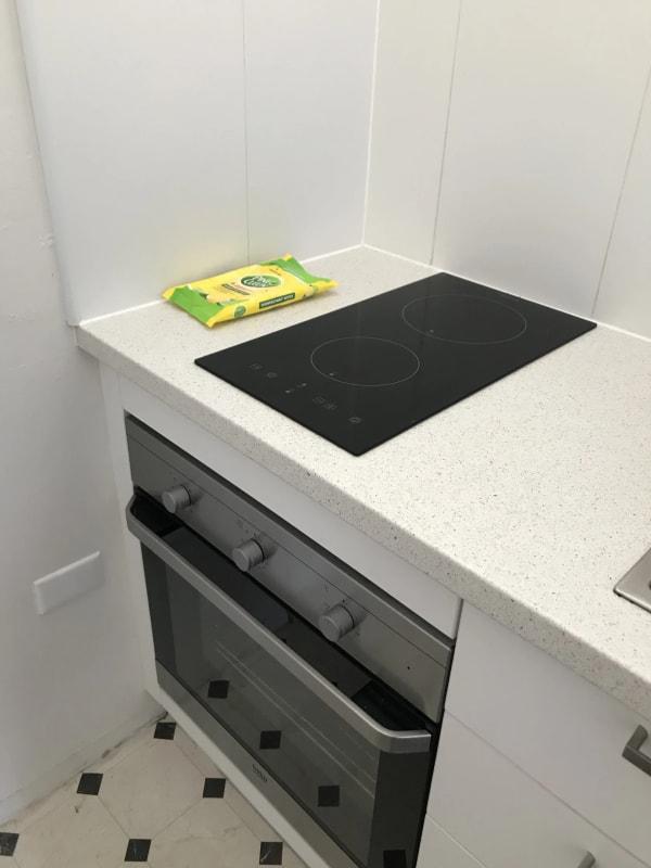 $400, Studio, 1 bathroom, Brougham Street, Potts Point NSW 2011