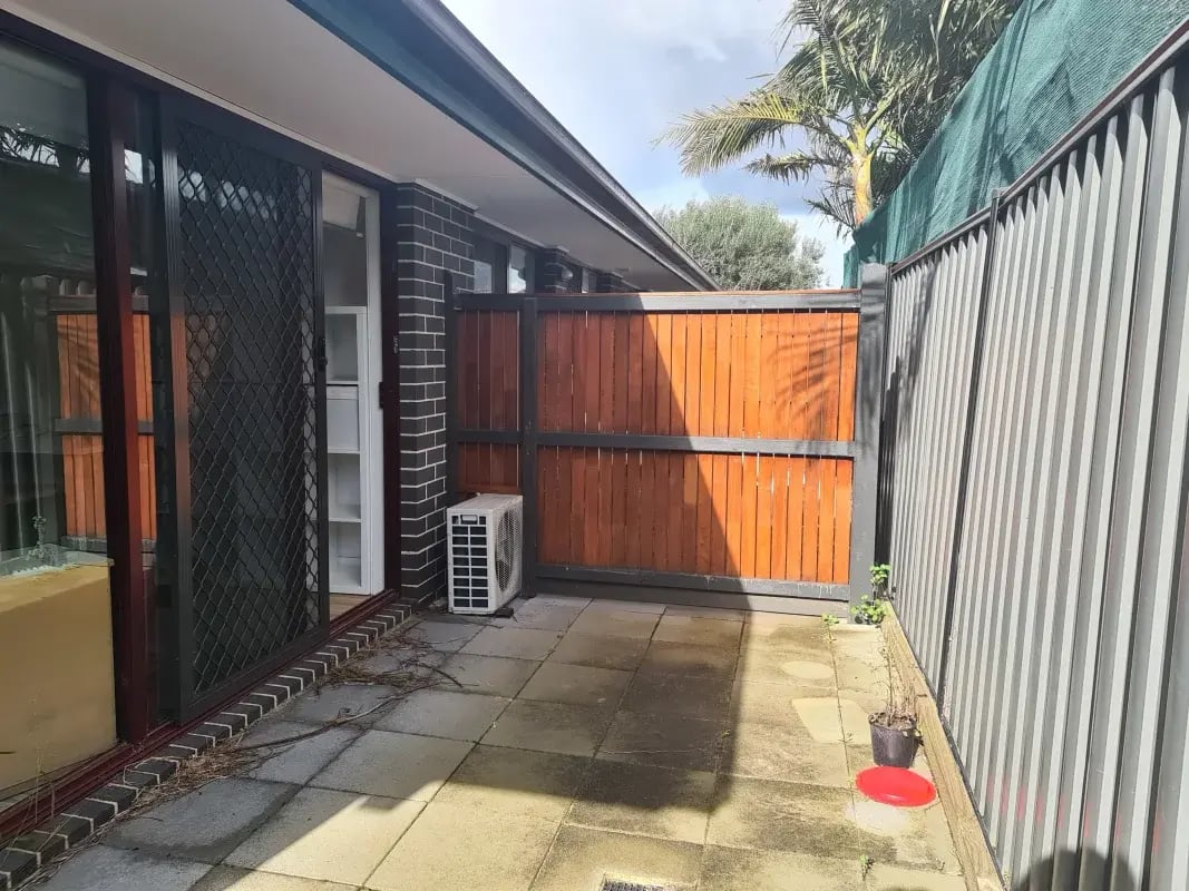 $230-300, Student-accommodation, 4 rooms, Lee Street, Noble Park VIC 3174, Lee Street, Noble Park VIC 3174