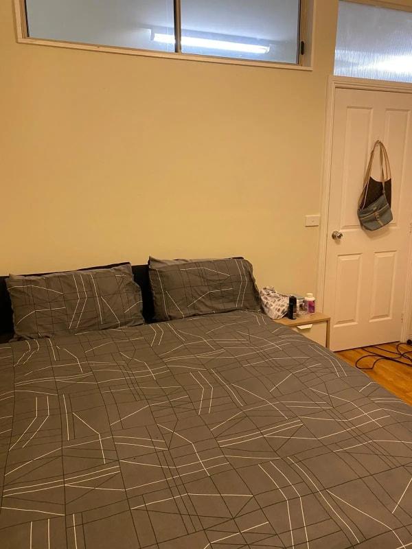 $210, Flatshare, 2 rooms, Daley Street, Glenroy VIC 3046, Daley Street, Glenroy VIC 3046