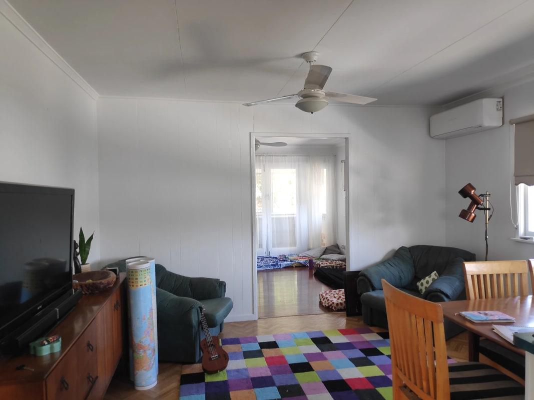 $220, Share-house, 3 bathrooms, Harcourt Road, Darra QLD 4076