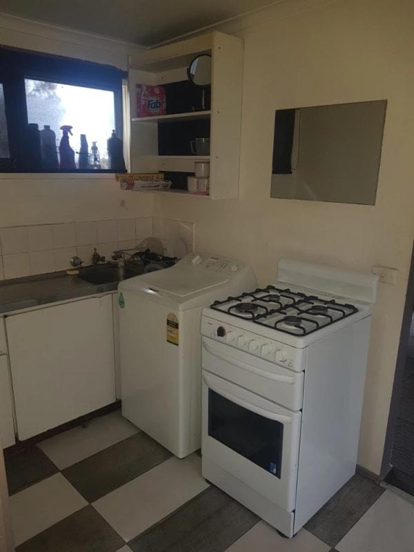 $250, Granny-flat, 1 bathroom, Delville Street, Mooroolbark VIC 3138