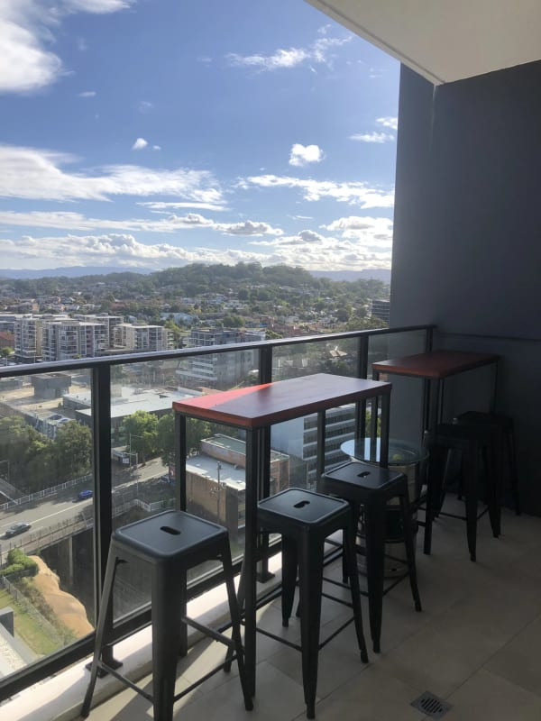 $285, Flatshare, 2 bathrooms, Railway Parade, Wollongong NSW 2500