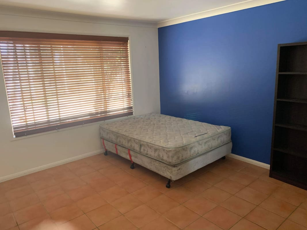 $180, Share-house, 5 bathrooms, Youngs Road, Hemmant QLD 4174