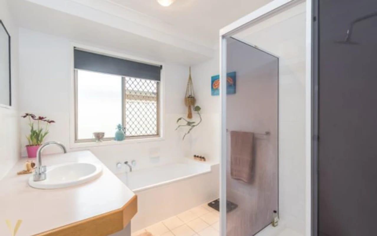 $180, Share-house, 3 bathrooms, Hinchcliffe Street, Tanah Merah QLD 4128