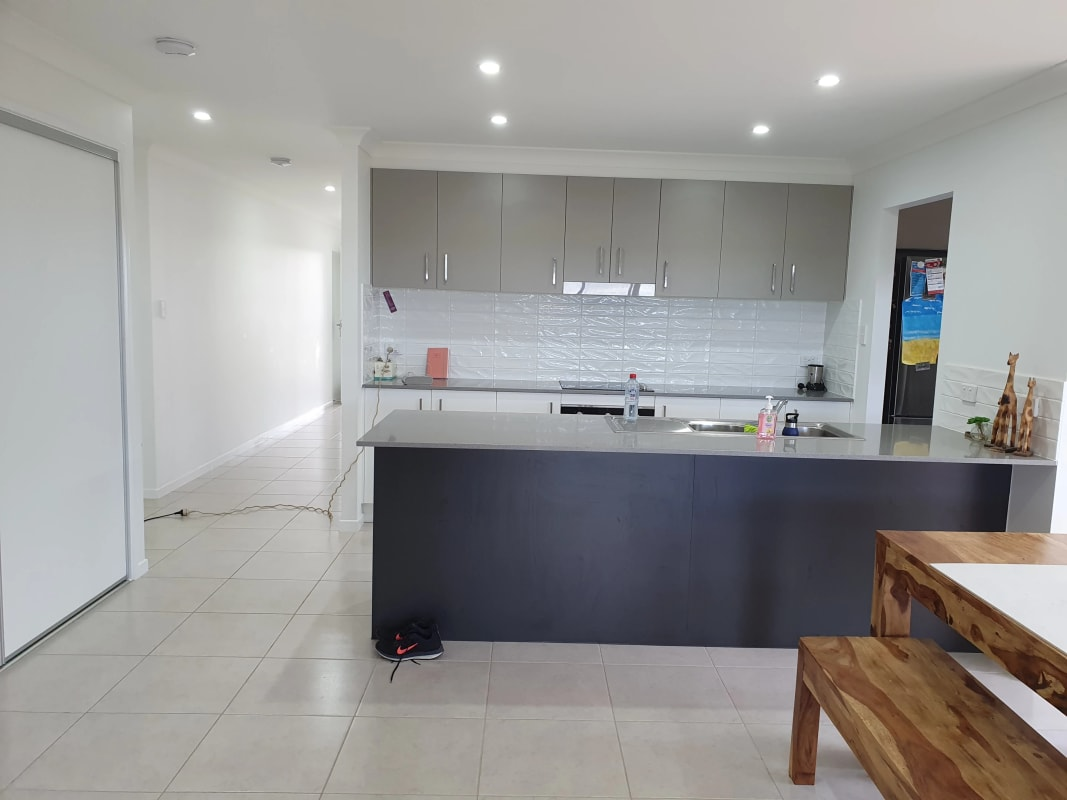 $300, Share-house, 4 bathrooms, Adrian Circuit, Bells Creek QLD 4551