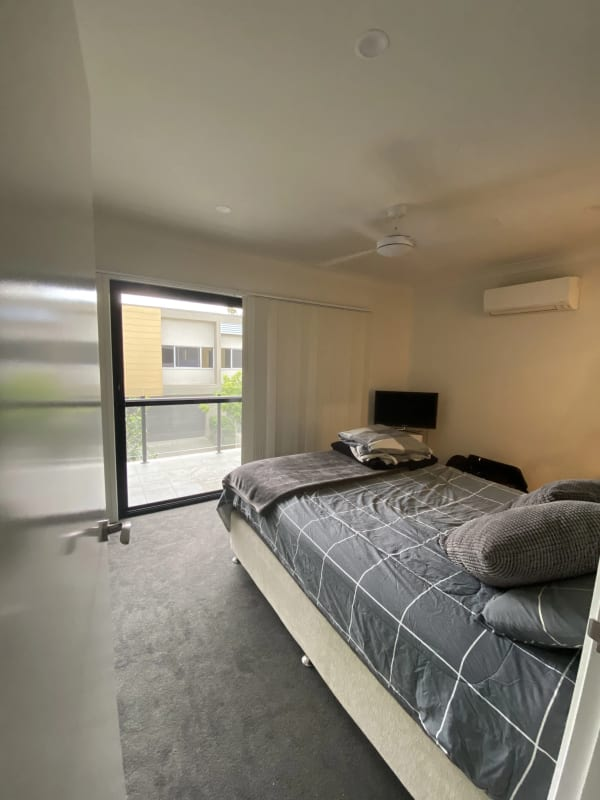 $180, Share-house, 3 bathrooms, Valance Street, Oxley QLD 4075