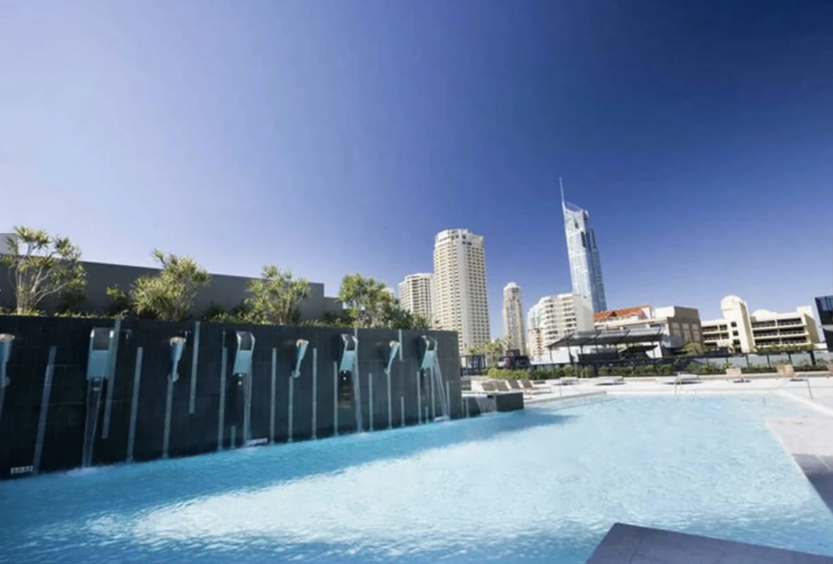 $340, Flatshare, 2 bathrooms, Ferny Avenue, Surfers Paradise QLD 4217