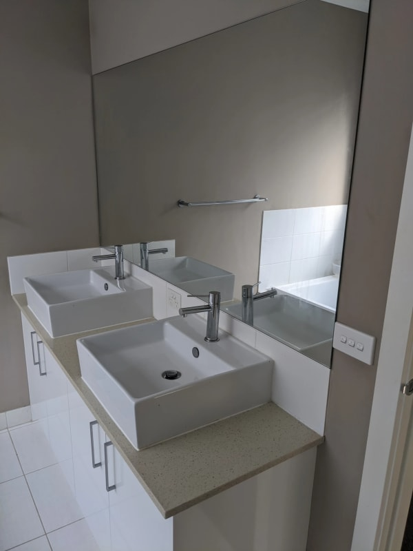 $100, Share-house, 4 bathrooms, Anglers Avenue, Point Cook VIC 3030