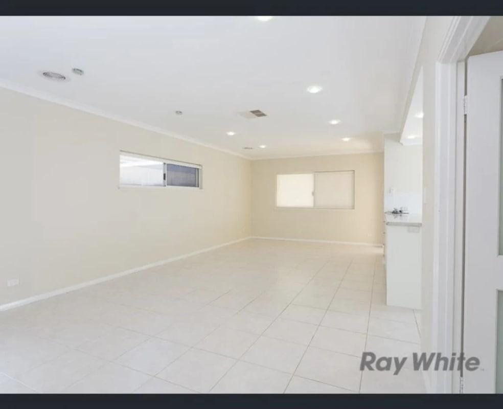 $200, Share-house, 3 bathrooms, Gilbertson Road, Kardinya WA 6163
