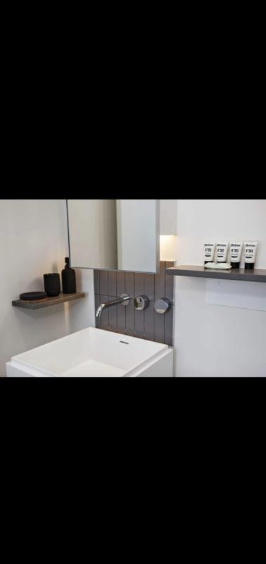 $295, Flatshare, 2 bathrooms, Clarendon Street, Southbank VIC 3006