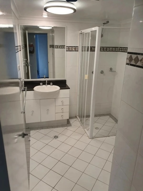 $137, Student-accommodation, 2 bathrooms, Miller Street, Pyrmont NSW 2009