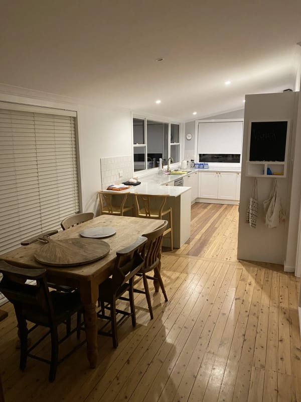 $300, Homestay, 4 bathrooms, Chester Place, Narraweena NSW 2099