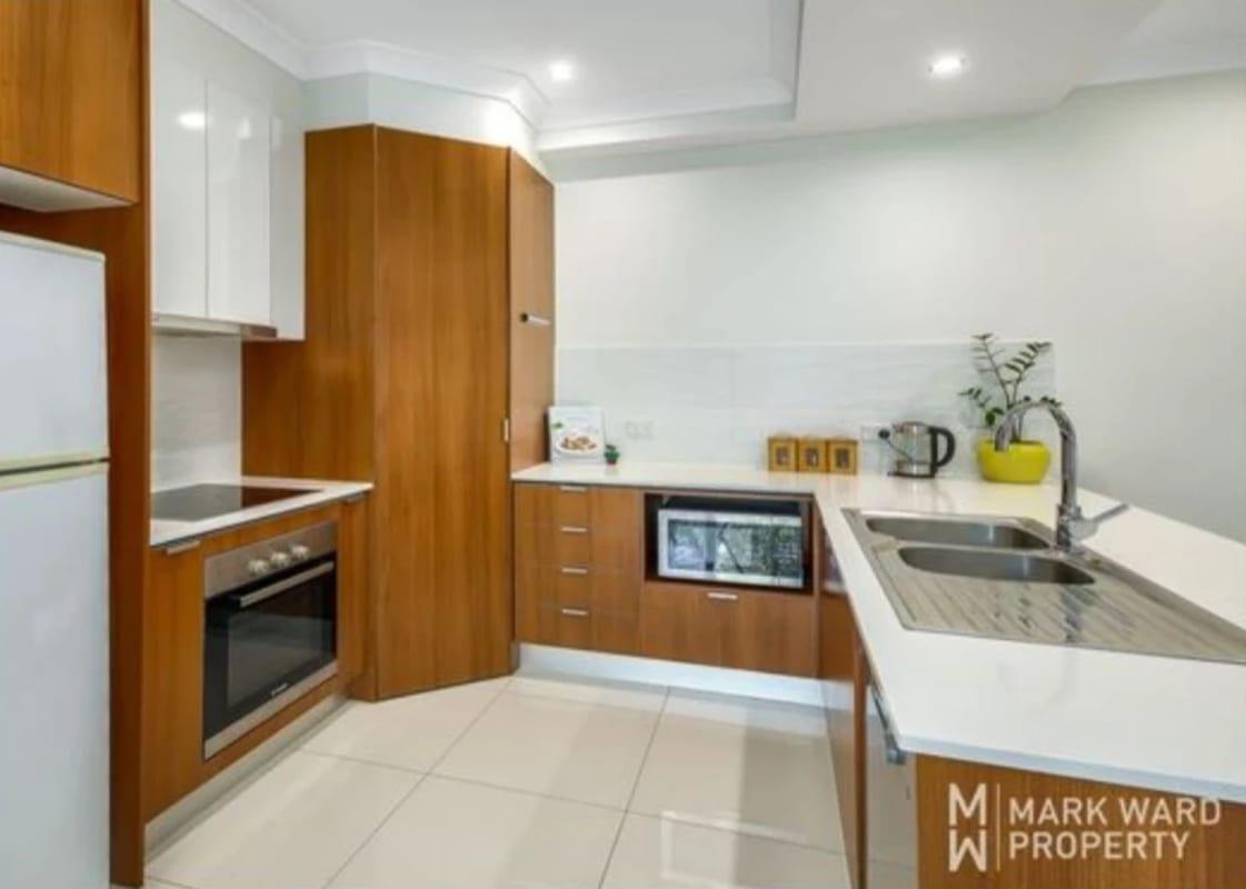 $180, Flatshare, 2 bathrooms, Hansen Street, Moorooka QLD 4105