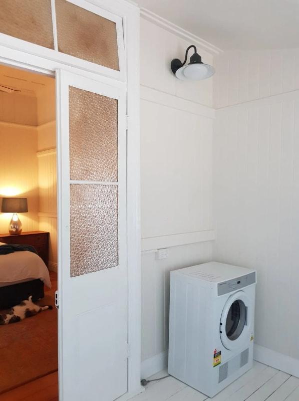 $350, Granny-flat, 1 bathroom, Kingsbury Street, Norman Park QLD 4170