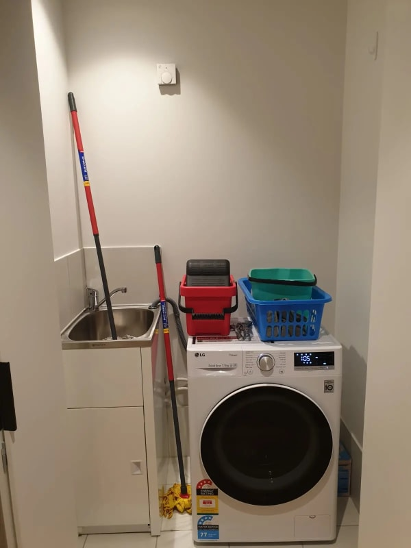 $325, Flatshare, 2 bathrooms, Chester Street, Newstead QLD 4006