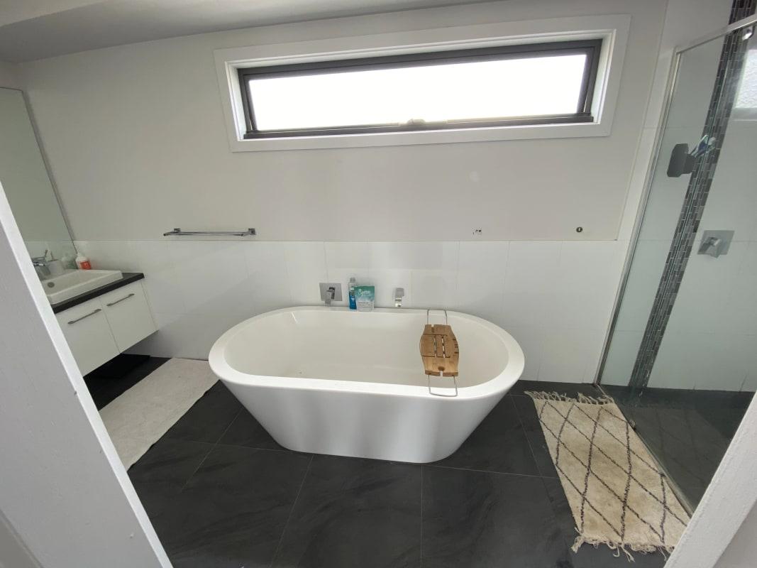 $200, Share-house, 4 bathrooms, Kent Street, Mornington VIC 3931