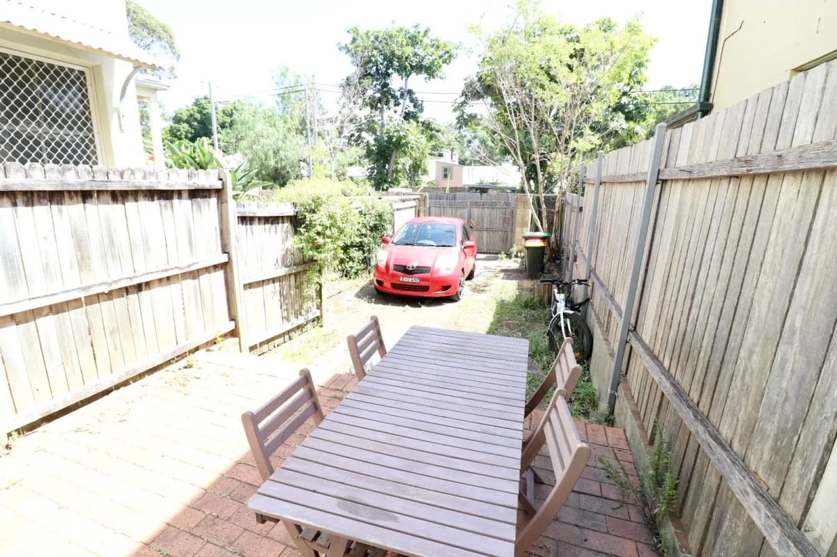 $220-260, Share-house, 2 rooms, Derwent Street, Glebe NSW 2037, Derwent Street, Glebe NSW 2037