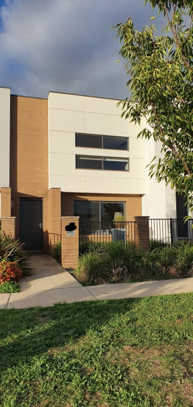 $480, Whole-property, 2 bathrooms, Hibberd Crescent, Forde ACT 2914