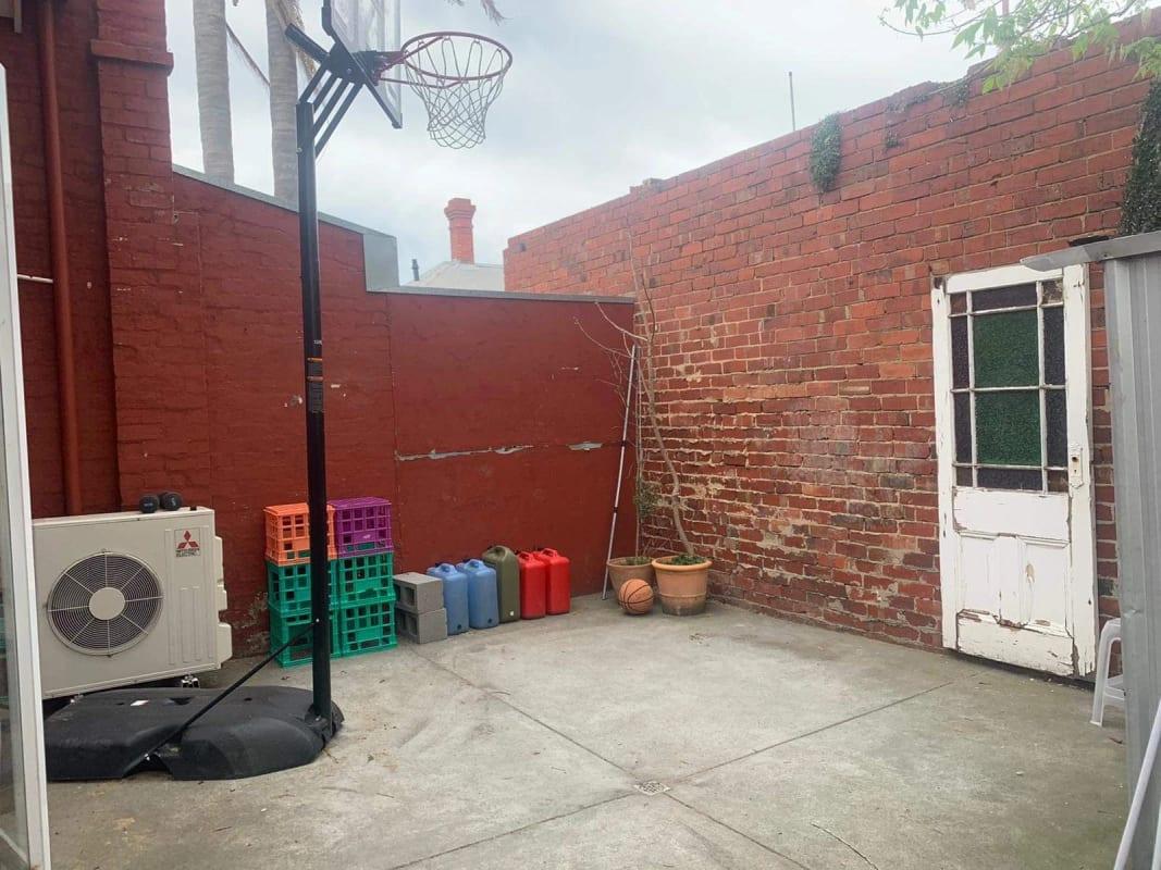 $216, Share-house, 3 bathrooms, Union Street, Windsor VIC 3181