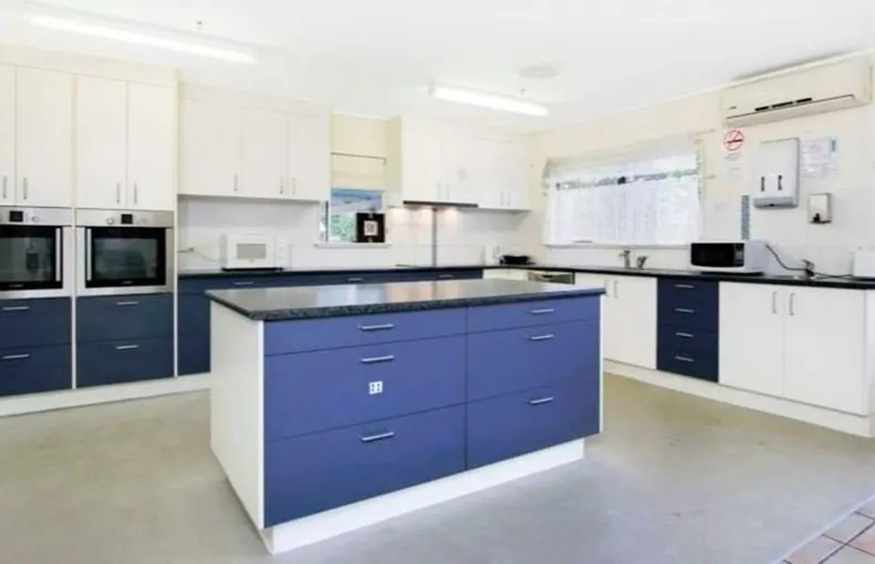 $180, Share-house, 6 bathrooms, Pioneer Street, Manoora QLD 4870