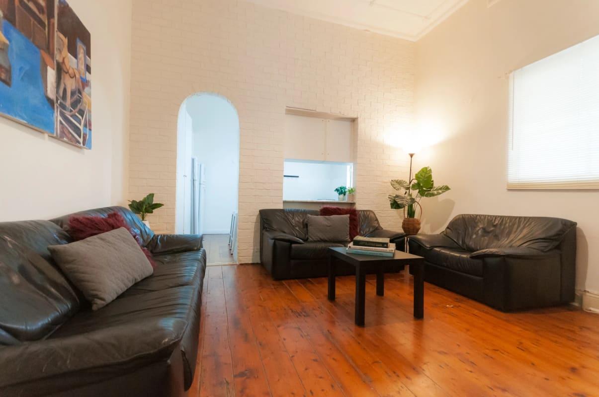$190, Share-house, 6 bathrooms, New Canterbury Road, Petersham NSW 2049