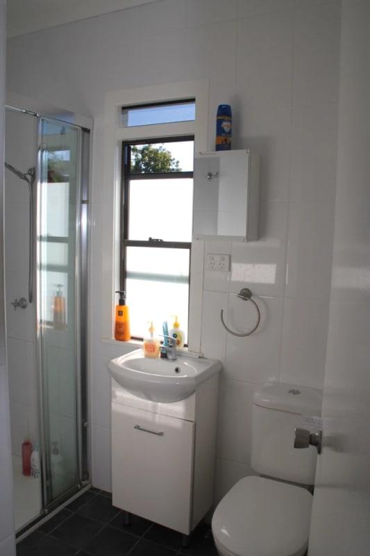 $160-180, Student-accommodation, 2 rooms, Moy Street, Kelvin Grove QLD 4059, Moy Street, Kelvin Grove QLD 4059
